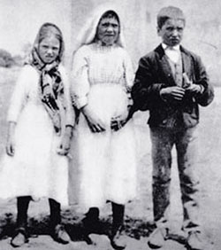 seers of fatima, jacinta, lucia, francisco